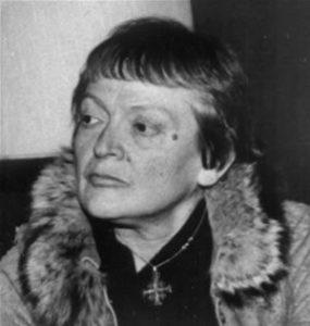 Elena Bono
