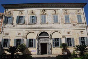 Facciata principale del Casino Giustiniani Massimo al Laterano